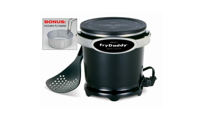 revendeur bcd0f 1f78c Presto 05425 FryDaddy Plus Electric Deep Fryer with Frying Basket