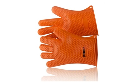 Heat Resistant Silicone BBQ Gloves, up to 425F, Use as Cooking Gloves, Oven Mitts, Pot holders or Grill Gloves, Insulated Water proof five fingered Gloves.